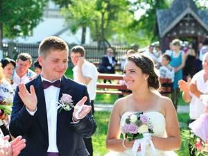 Nicuşor Coroamă s-a căsătorit cu aleasa inimii sale, Georgeta. Foto: Vlad PURICE