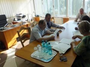 """Semnarea contractului pentru modernizarea Aeroportului """"Ştefan cel Mare"""" din Salcea"""