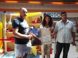 """Shopping City Suceava şi-a desemnat câştigătorii premiilor puse în joc în cadrul campaniei """"Ia-ţi biletul de vacanţă!"""""""