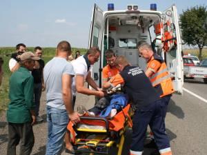 Tânărul a suferit trei fracturi groaznice la piciorul stâng şi fractură de bază de craniu