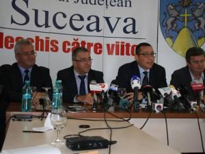 Victor Ponta s-a întâlnit cu autorităţile Sucevene