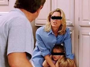 Majoritatea agresiunilor în familie se petrec pe fondul consumului exagerat de alcool