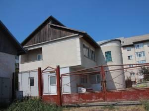 Primăria se află în discuţii cu SC Ichim Serv SRL pentru achiziţionarea clădirii