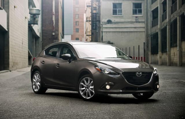 Noua Mazda 3 pornește de la 14.990 euro cu TVA