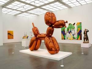 Sculptură în forma unui câine, de Jeff Koons, estimată la 55 milioane de dolari, scoasă la licitaţie