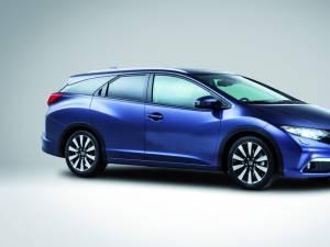 Honda introduce modelul de familie Civic Tourer