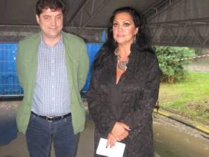 Beatrice Rancea, managerul Operei Naţionale din Iaşi, împreună cu Florin Apetroaei, preşedintele Rotary Suceava