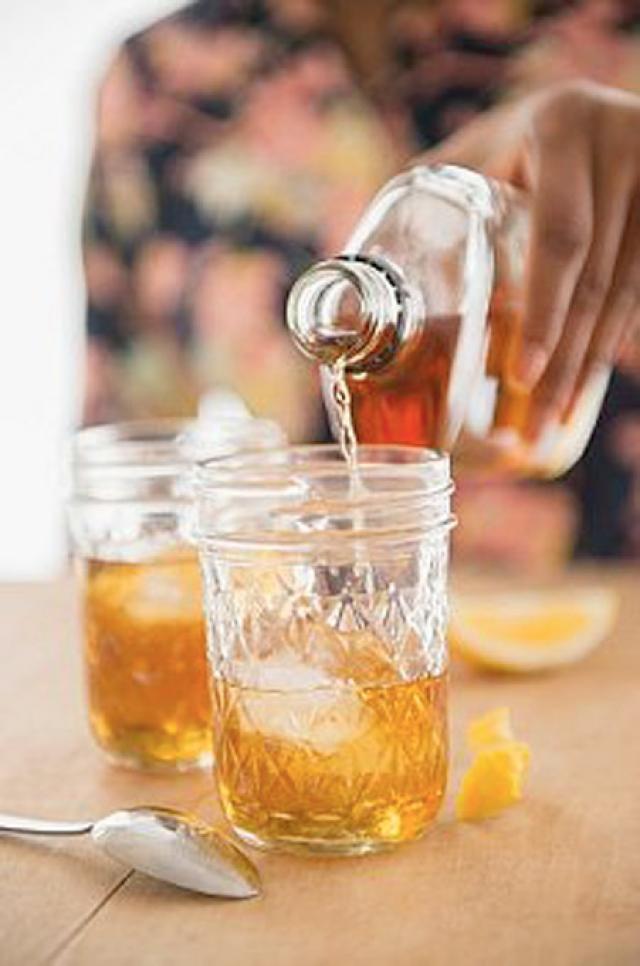 Combinaţia alcoolului cu energizantul poate fi mai dăunătoare pentru organism decât s-a crezut până acum