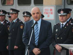 Raed Arafat a inaugurat prima ambulanţă SMURD cu medic de la Suceava
