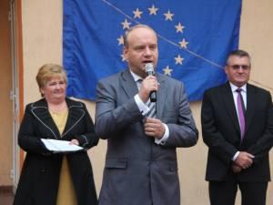 Senatorul Ovidiu Donţu, la deschiderea anului şcolar la Şcoala Nr. 1 Suceava