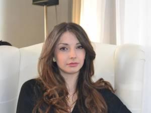 Anda Parasca are 19 ani şi este din Cotârgaşi