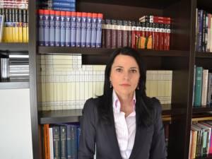 Geanina Elena Cîrlan a remarcat că pentru tot mai multe paciente tragedia prin care trec este accentuată de lipsurile financiare