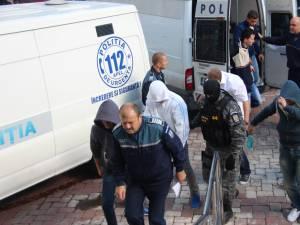 14 suspecţi au fost arestaţi de judecătorii Tribunalului Suceava