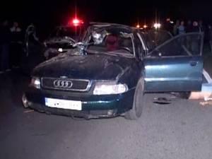 Un tractorist în vârstă de 70 de ani a produs un grav accident la Zvoriştea, soldat cu un mort şi 3 răniţi