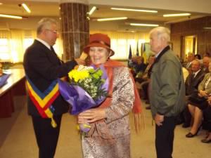 """25 de """"cupluri de aur"""", sărbătorite la Primăria Suceava"""