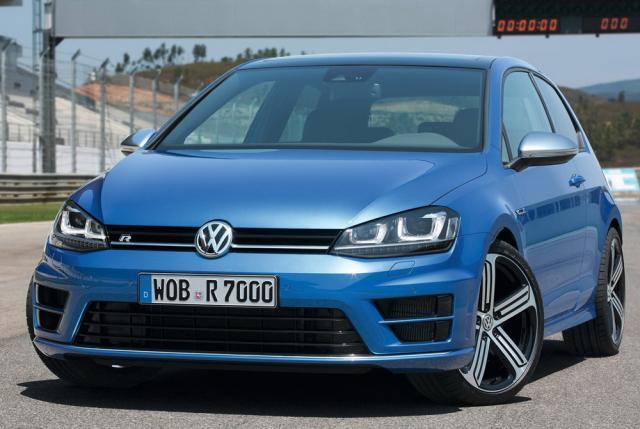 Volkswagen introduce noua generație Golf R