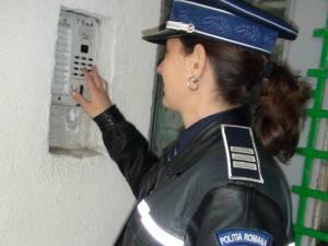 Poliţiştii s-au dat drept angajaţi de la Gaz