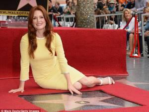 Actriţa Julianne Moore, recompensată cu o stea pe Walk of Fame