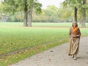 O plimbare în pas vioi poate reduce considerabil riscul de a suferi de cancer mamar