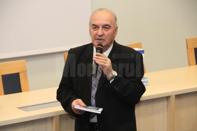 Mihai Iacobescu a scris prima monografie a USV, acum 10 ani