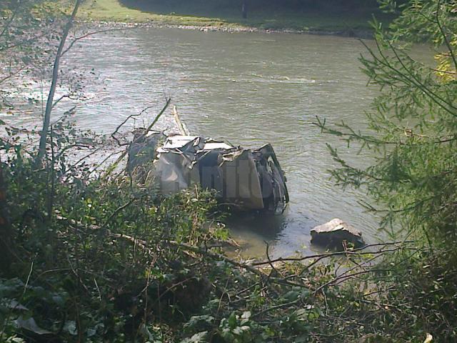 Doru Paţa şi-a pierdut viaţa după ce maşina pe care o conducea a zburat în râul Bistriţa