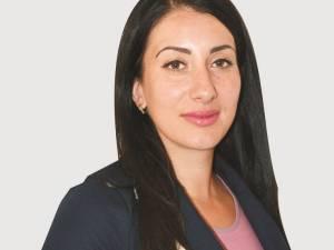 Preşedinta femeilor social-democrate din judeţul Suceava, Oana Pintilei