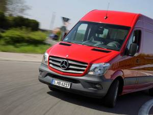 Mercedes a lansat noul Sprinter în România