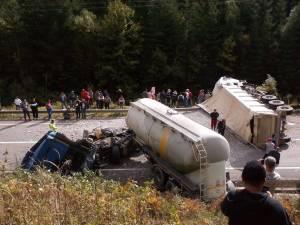 Accidentul grav de la finele lunii trecute, la Valea Putnei, când două autotrenuri s-au izbit violent. Foto: Andreea SIRAN