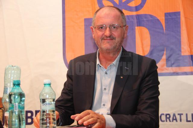 Prim-vicepreşedintele Organizaţiei Judeţene Suceava a PDL, Orest Onofrei