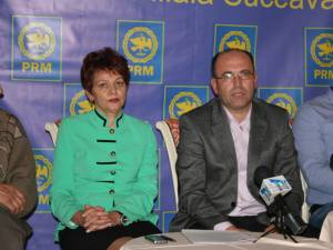 Saveta Ionesi şi Dorel Vulpoiu, la conferinţa de presă susţinută ieri