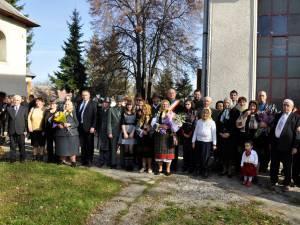 Nunta de aur, pentru un număr de opt cupluri din comuna Şcheia care au împlinit 50 de ani de căsătorie