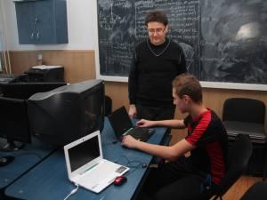 Echipamentele IT au fost folosite pentru dotarea bibliotecii şi a cabinetului de informatică