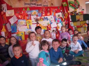"""Expoziţii, concursuri, carnaval de toamnă, la Grădiniţa """"Luminiţa"""" din Siret"""