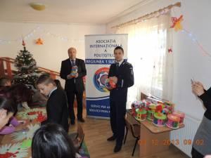 Săli de terapie pentru copii cu autism, dotate prin donaţii ale poliţiştilor suceveni