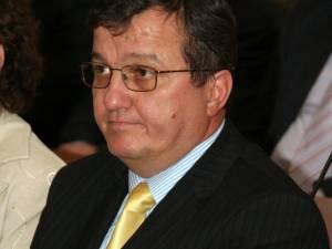 Vasile Mocanu participă la concursul pentru funcţia de şef al Oficiului de Cadastru Suceava