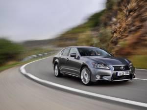 Lexus GS 300h debutează pe piața europeană