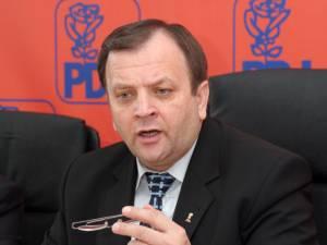 """Gheorghe Flutur: """"Nu putem să fim de acord cu astfel de lucruri care sunt împotriva populaţiei"""""""