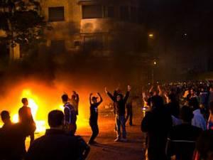 Expunerea repetată la violenţă în imagini are consecinţe mai traumatizate decât pentru oamenii care au trăit respectivul eveniment violent Foto: CORBIS