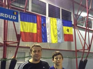 Antrenorul Daniel Ciubotaru, alături de medaliatul cu bronz, Răzvan Mihalache