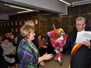 Primăria municipiului Suceava a sărbătorit sâmbătă, 14 decembrie, 20 de cupluri care au împlinit 50 de ani de căsătorie