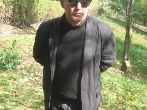 Agresorul a fost identificat în persoana lui Florin Zaharescu, în vârstă de 49 de ani, din municipiul Suceava