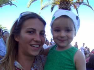 Emanuela Ivan şi fiica ei, în Portugalia