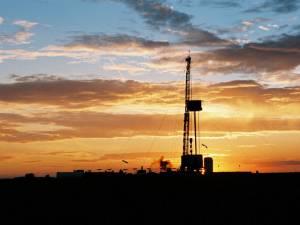 Compania americană Chevron şi-a demonstrat interesul pentru exploatările de gaze naturale din judeţul Suceava