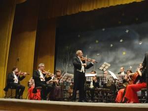"""Vienna Classic Christmas"", spectacol susţinut la Suceava de Strauss Festival Orchestra Vienna"