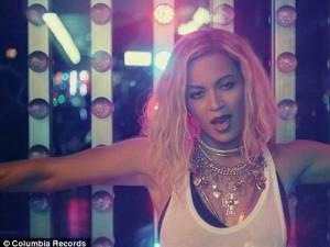 Beyoncé a înregistrat un record de vânzări pe iTunes cu ultimul său album