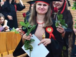Magdalena Iurescu, şefa de promoţie 2013 a Facultăţii de Litere Suceava