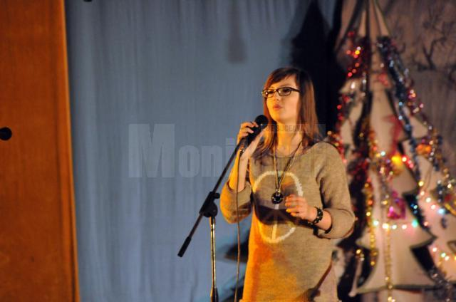 """""""Iarna a nins cu talente"""" în spectacolul de Crăciun organizat de Şcoala Gimnazială Nr. 1 din Suceava"""
