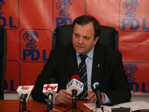 Preşedintele democrat-liberalilor suceveni, senatorul Gheorghe Flutur