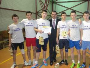Cupa Moş Crăciun de la Colegiul Tehnic Rădăuţi a fost câştigată de echipa Mondialii