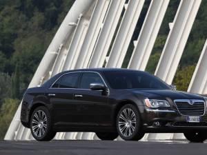 Lancia Thema rafinează imaginea limuzinei de lux
